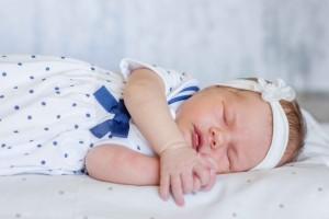 宝宝几个月用枕头婴儿枕头尺寸